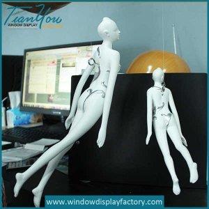 Custom Resin Fiberglass Hanging Angle Decoration Props