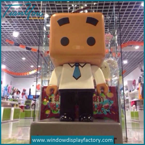 Life Size Fiberglass Cartoon Plaza Display Props
