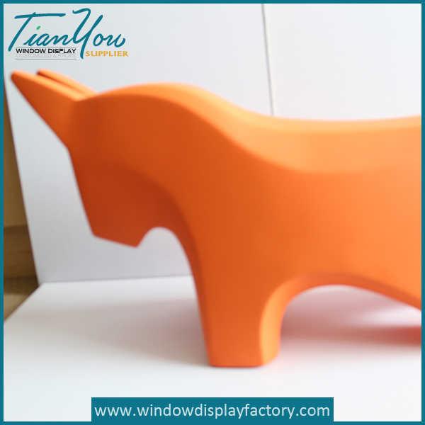 Animal Shape Fiberglass Sitting Stool : chair8 from www.windowdisplayfactory.com size 600 x 600 jpeg 23kB