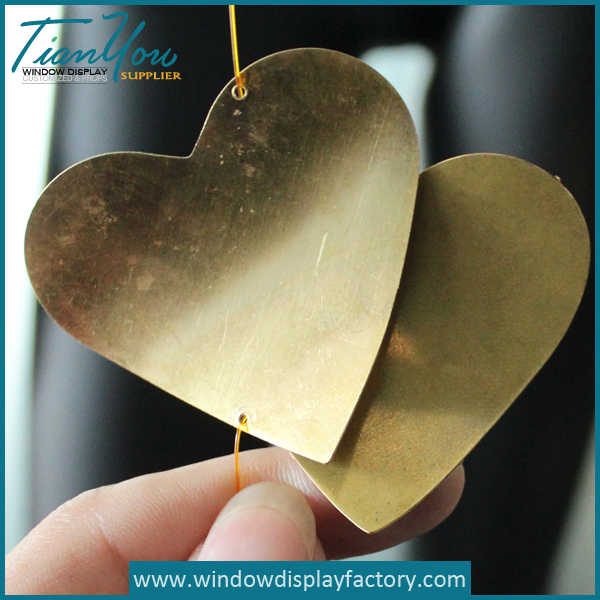 Custom Gold Thin Metal Heart Decorations Display Prop