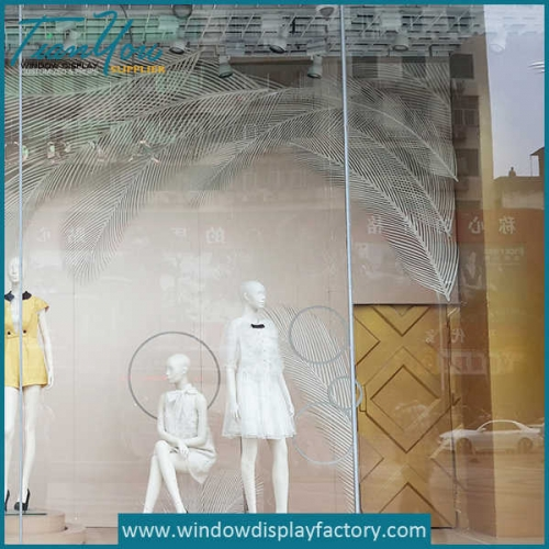 plumage 500x500 - White Foam Plumage Window Display Props