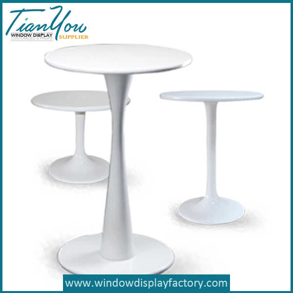 Round Table Chairs