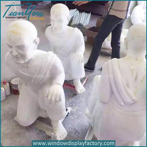 Monk5 - Giant Gold Fiberglass Electroplate Monk Statues