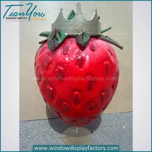 Lovely Colorful Giant Fiberglass Strawberry Decoration