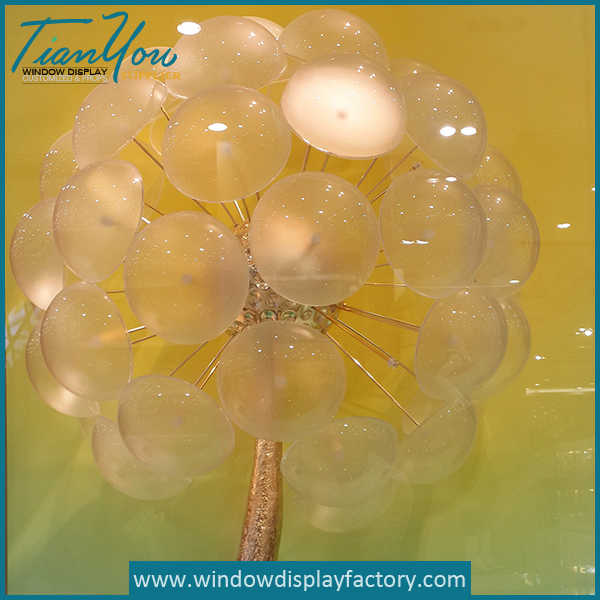 Beautiful Customized Crystal Acrylic Mushroom