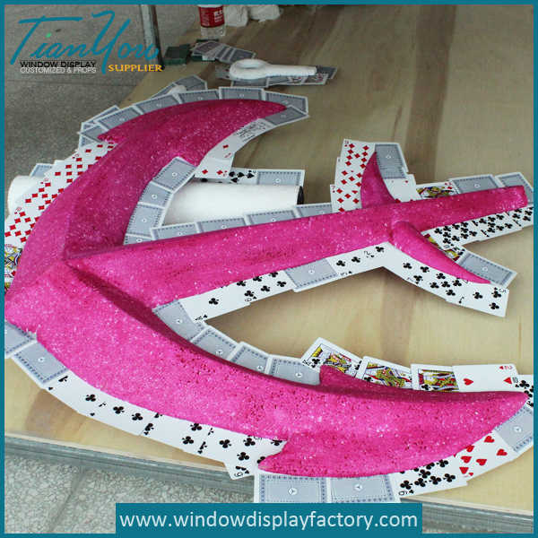 Red Giant Custom Acrylic Arrow Decoration