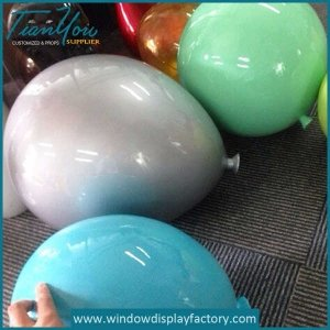Colorful Decoration Resin Balloons Props