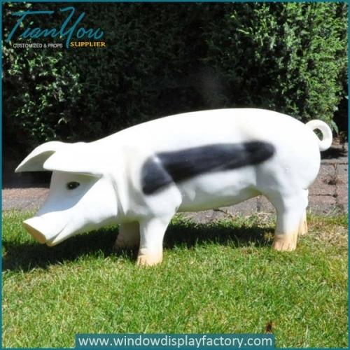 Cute Outdoor Giant White Fiberglass Pig Statue
