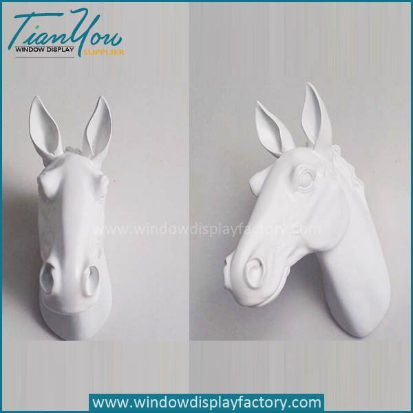 New Style Cement Color Horse Hand Mannequin