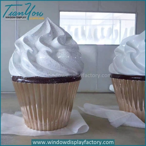 Artificial Large Funny Fiberglass Ice Cream Decoration