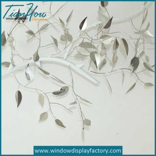 Fake Life Size Metal Leaf Decoration