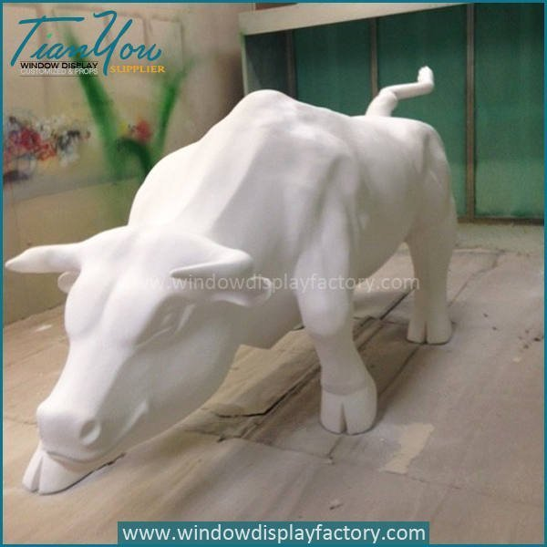 White Giant Fiberglass OX Statues Display