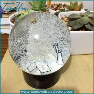 Custom High Quality Glass Water Resin Snowball Craft