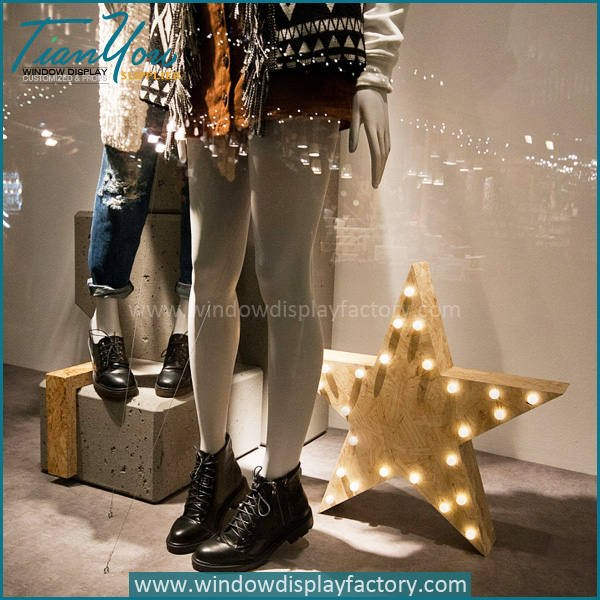 star2 - Custom Popular Star Clothes Shop Window Display