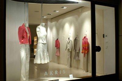 Open-style window display