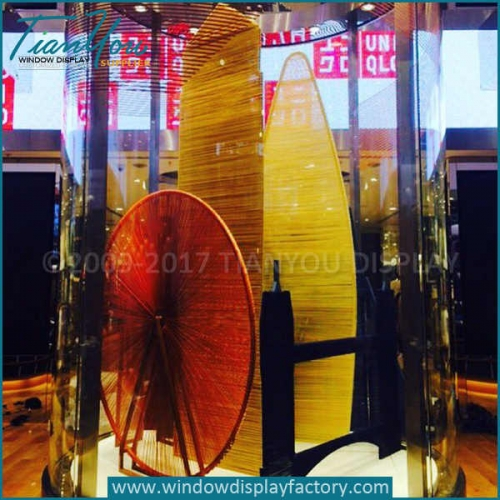 Chinese weave screen display props